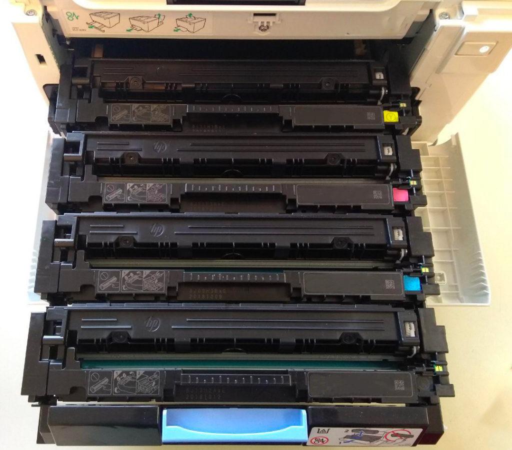Alloggiamento corretto delle cartucce nella stampante